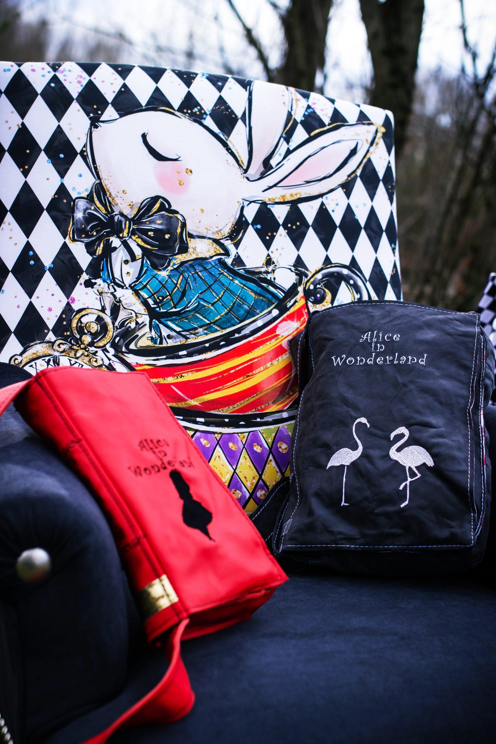 Accessoires cousus Alice Au Pays des Merveilles - DAL Couture