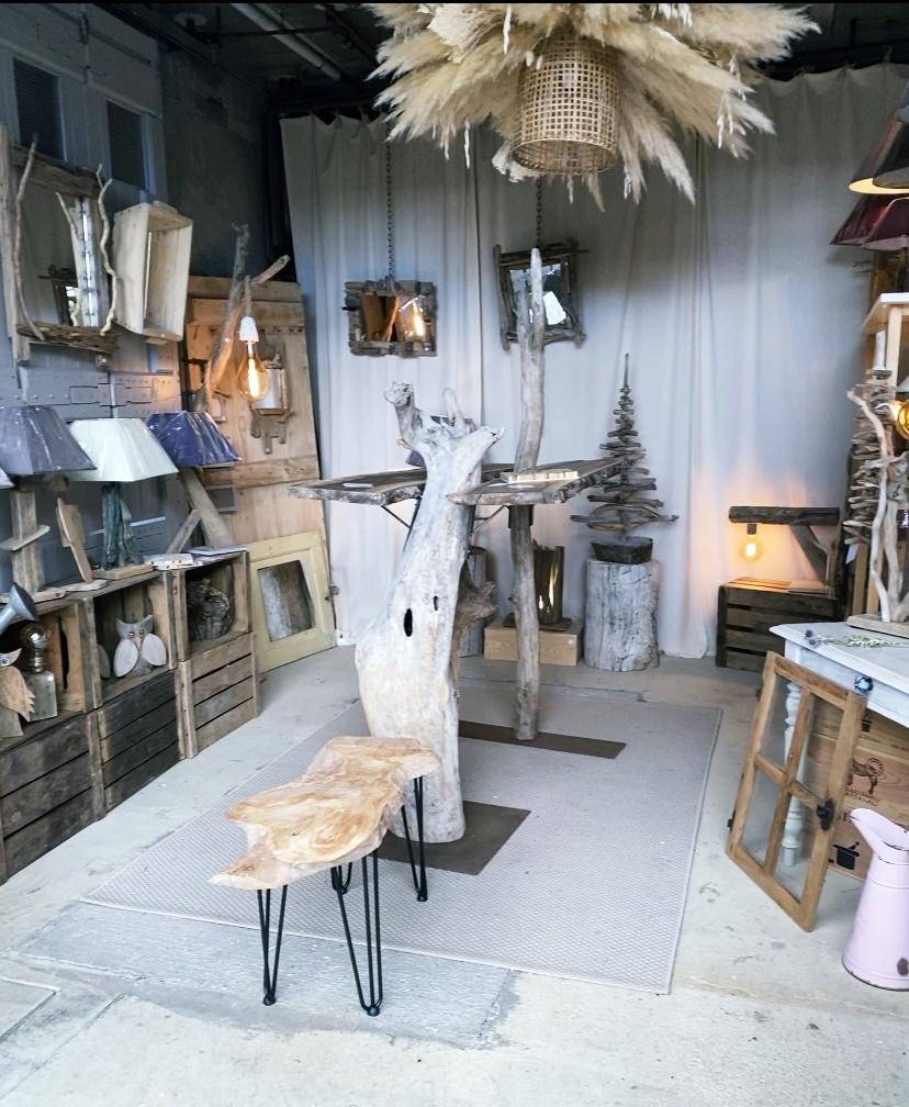 Boutique de meubles en bois - ENTRE TERRE ET MER