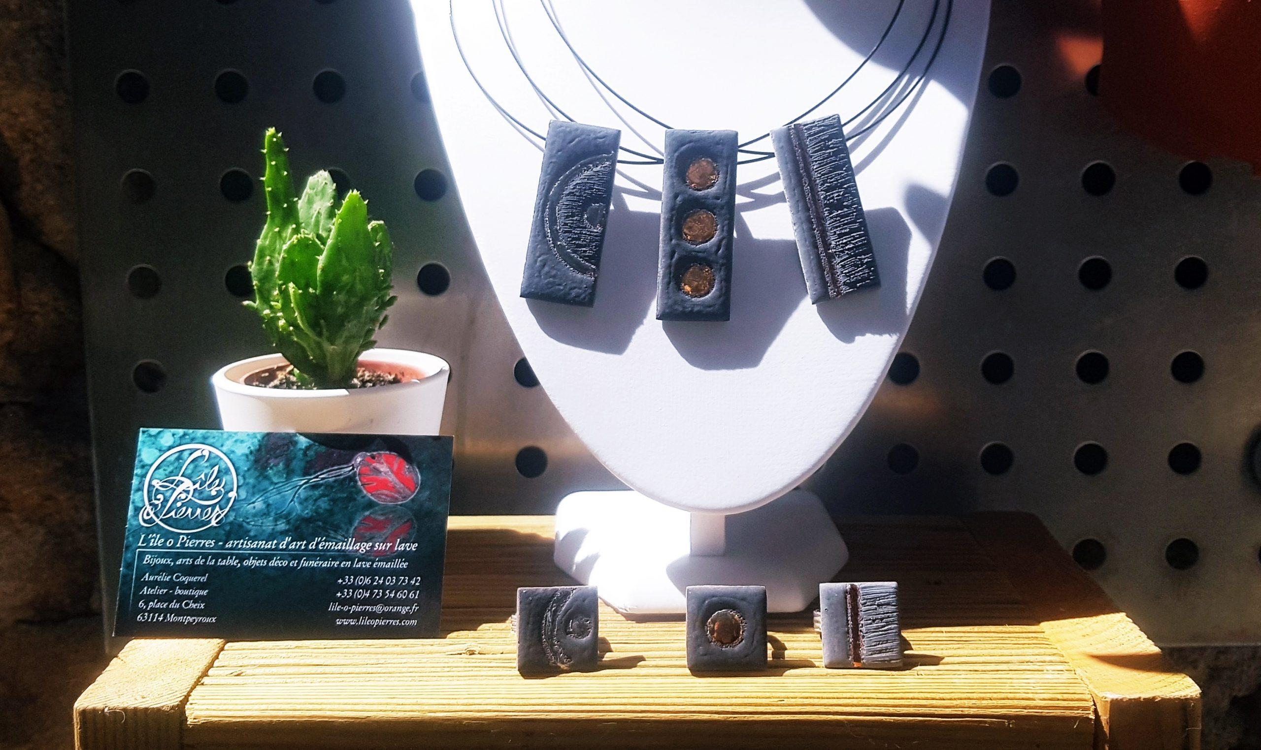 Création d'objets en pierre de lave émaillée - L'Île O Pierres